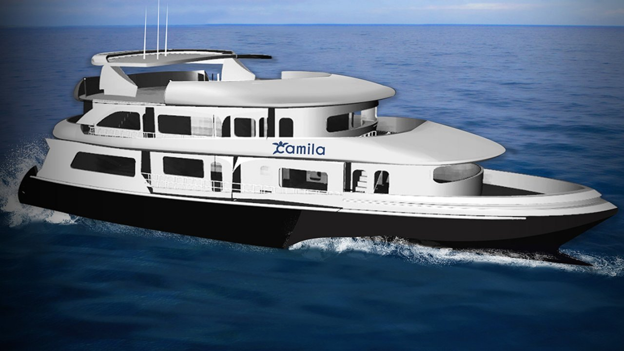 Galapagos cruise on the camila
