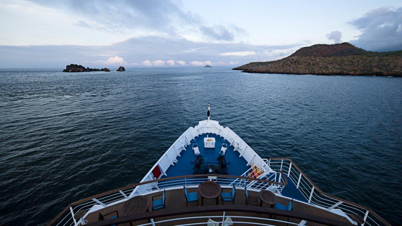 La Pinta Yacht view
