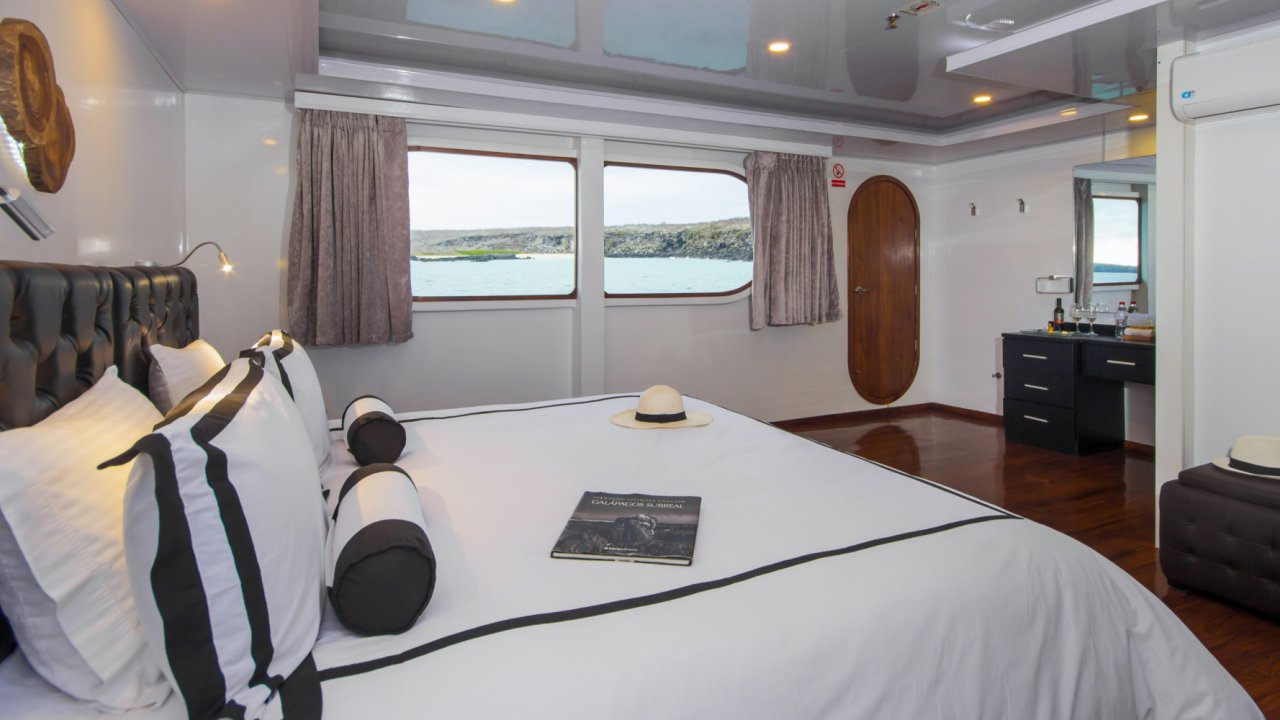 accommodations on petrel galapagos
