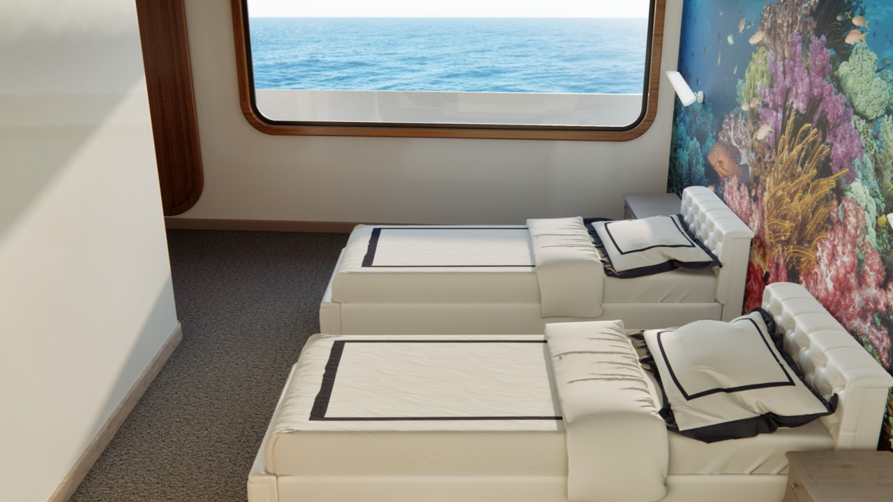 stay aboard the Camila, Galapagos