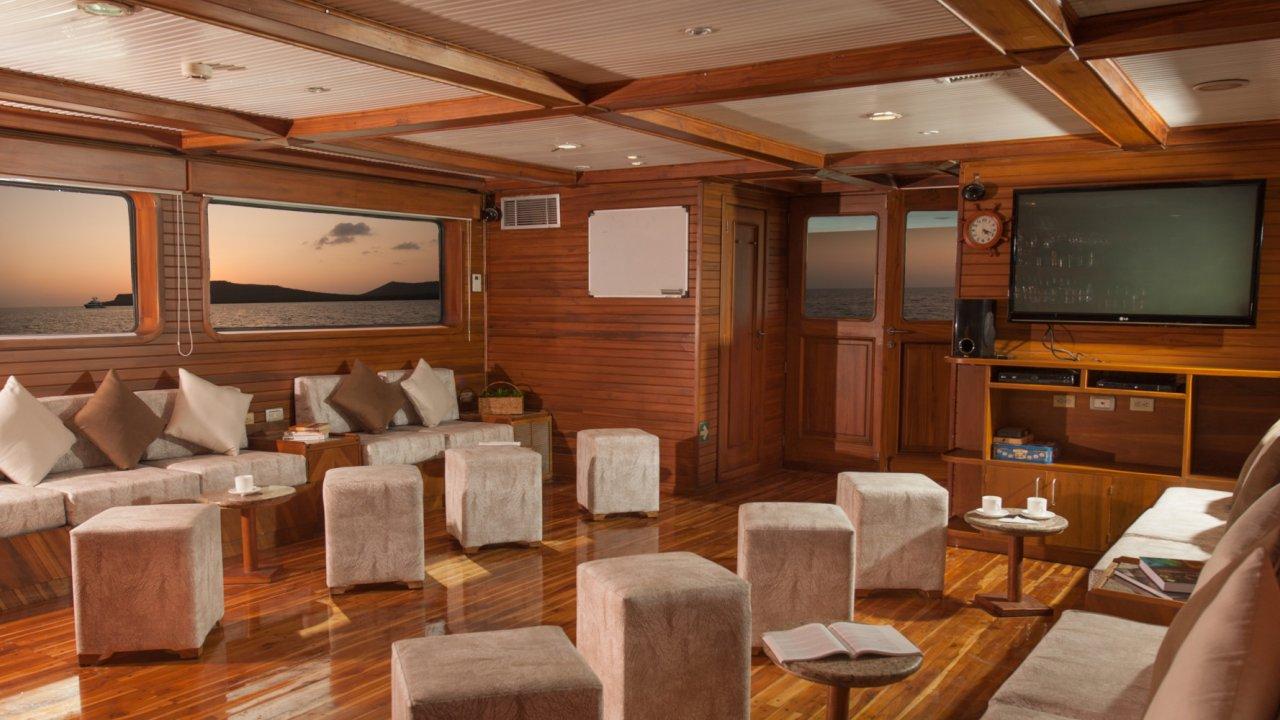 common room on galaxy yacht