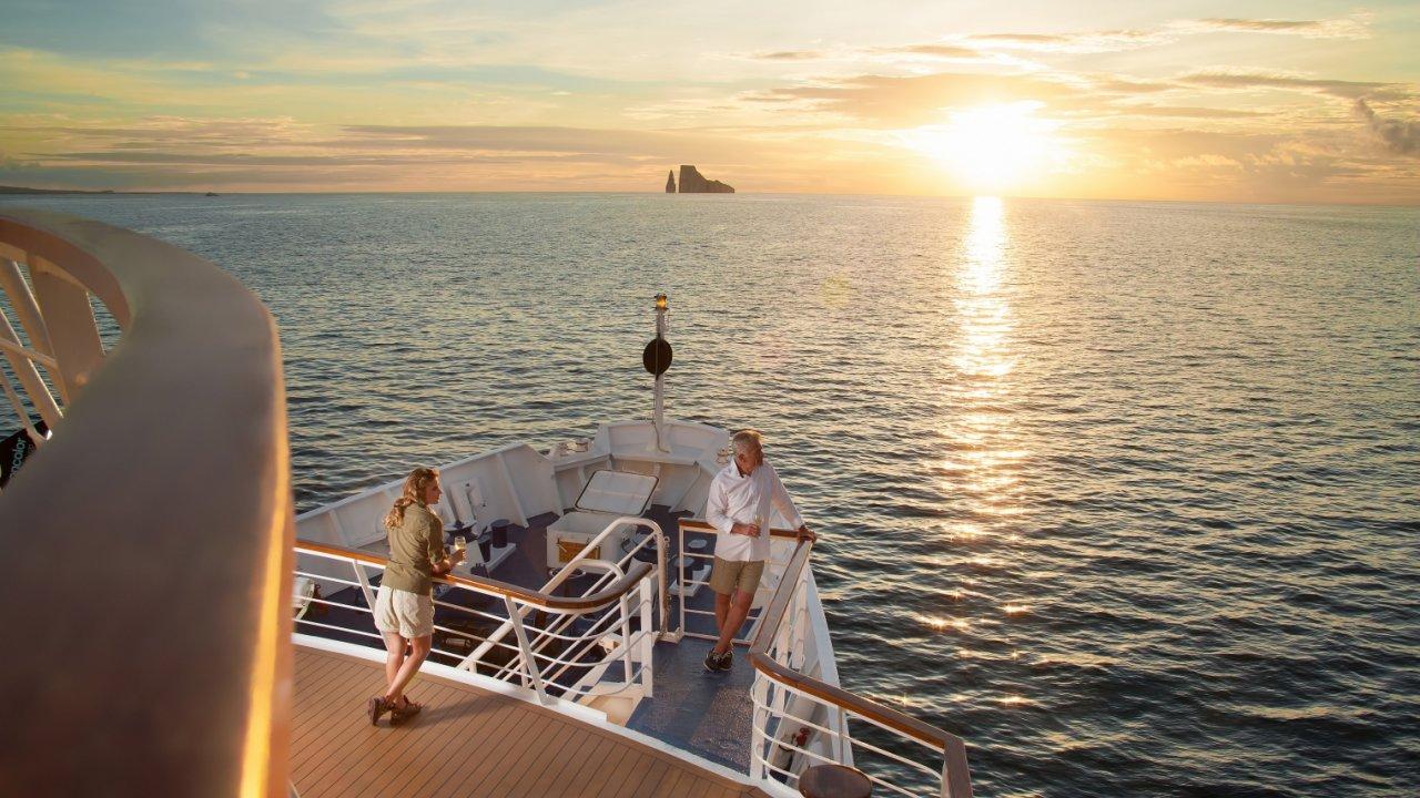 LaPinta Yacht galapagos