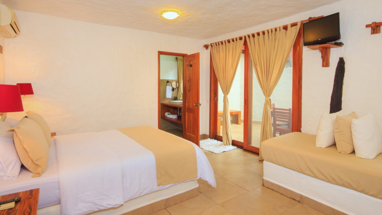 hotel room galapagos
