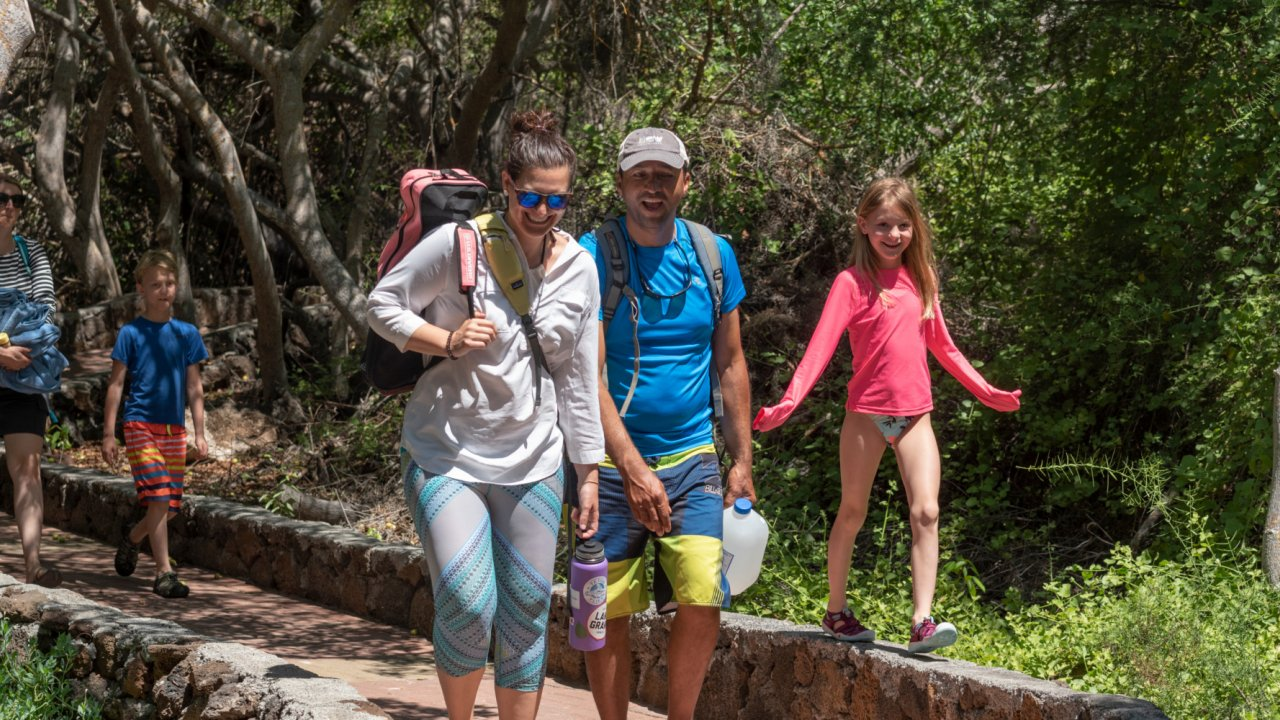 family in galapagos