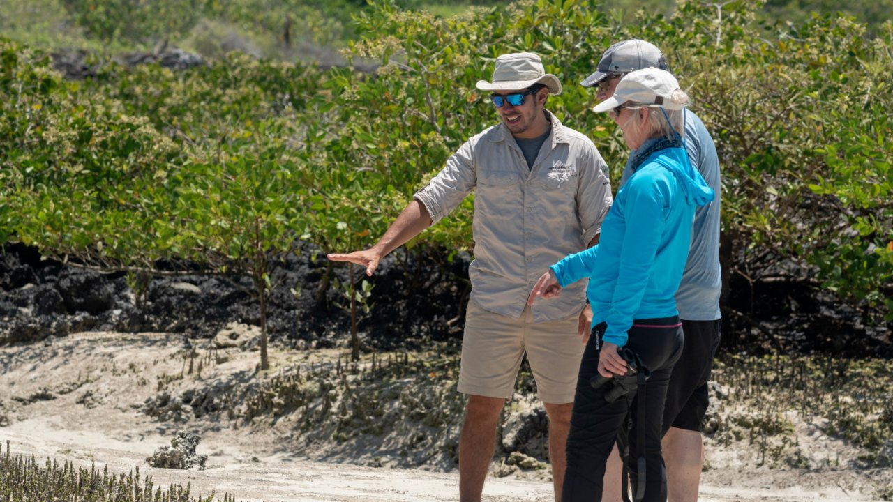 guided tour galapagos