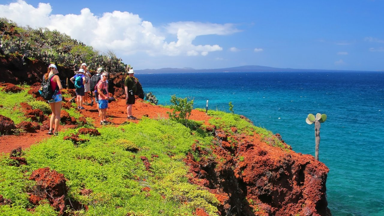 tip-top-ii-hike-with-cruise-guests